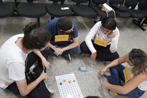 Para o autor da proposta, deputado João Cardoso, o projeto tem o objetivo de reconhecer a importância destes profissionais e sua relevância para a comunidade escolar ao atender desde os alunos de creches à educação de jovens e adultos
