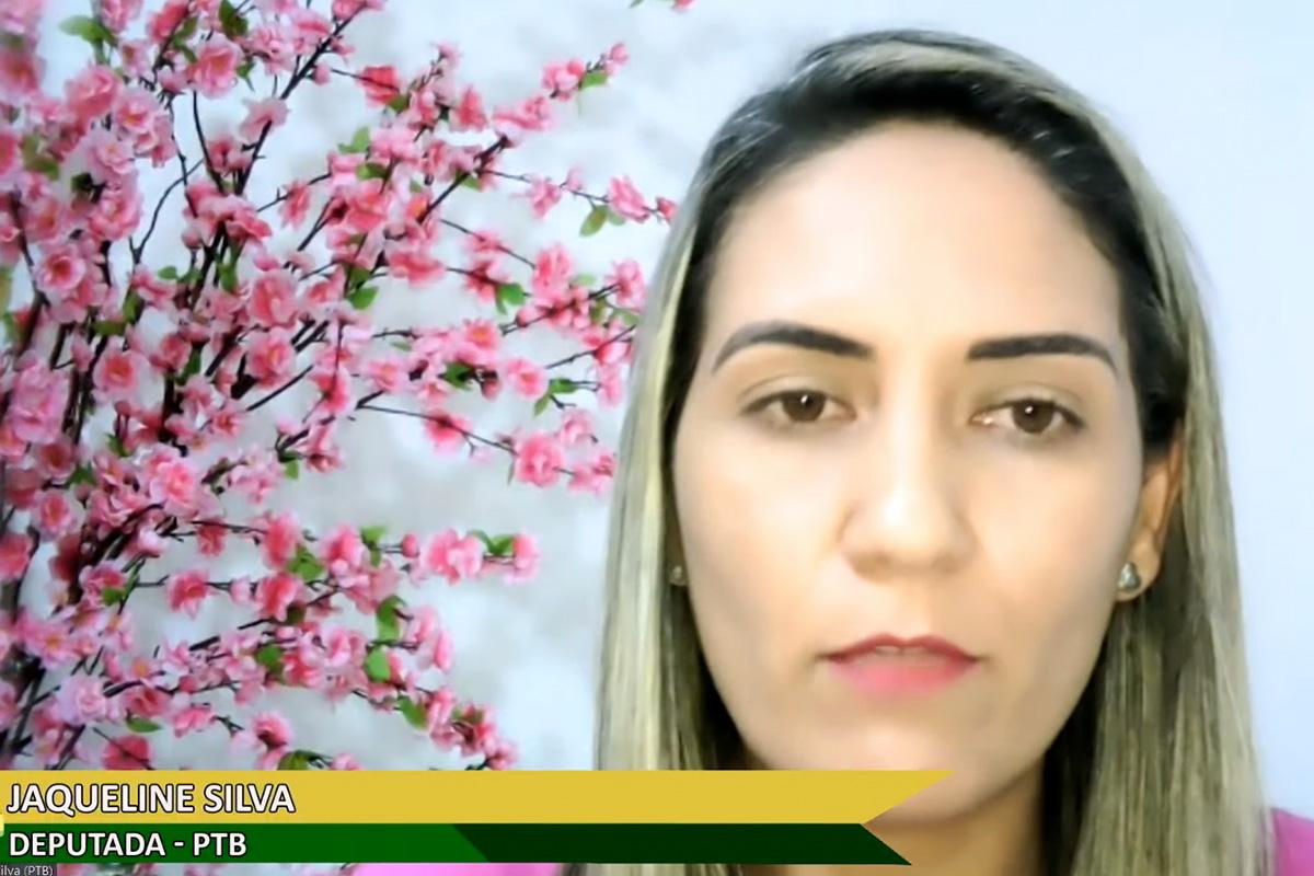 Proposta da deputada Jaqueline Silva prevê que placas avisem os motivos de suspensões de obras por mais de 30 dias