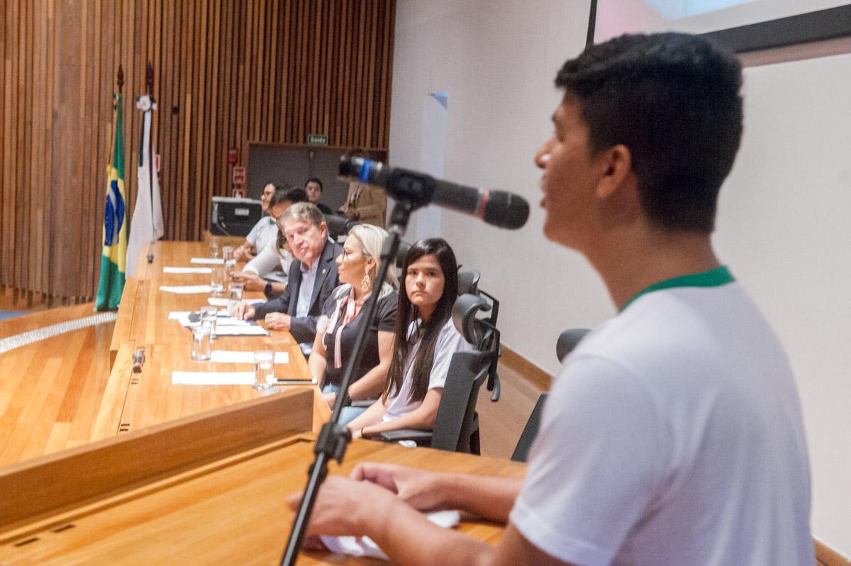 Sessão solene comemora formatura de alunos do Programa Brasília + Jovem Candango