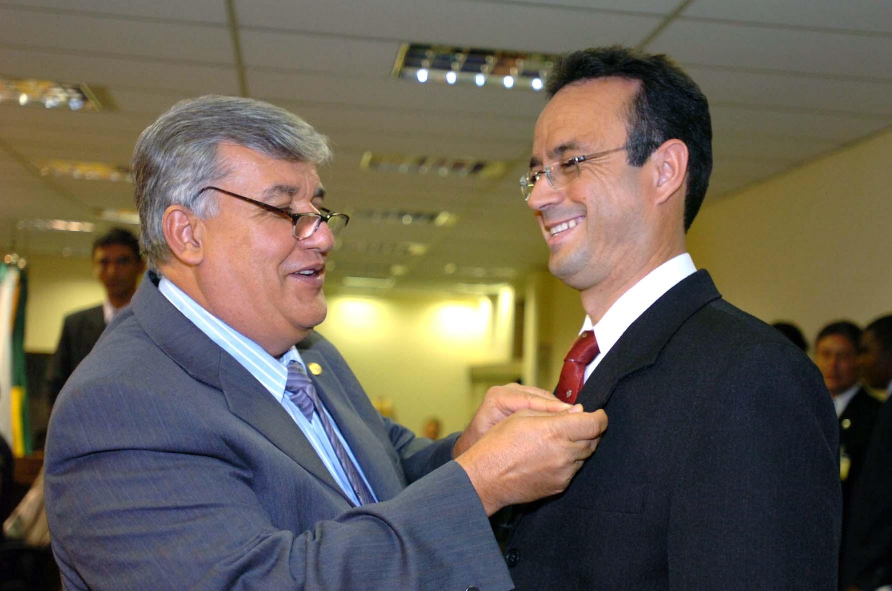 b4844d0923e Bispo Renato Andrade toma posse na Câmara - Mais lidas - CLDF